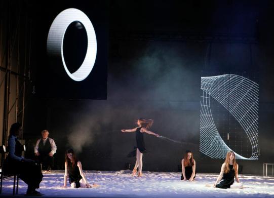 M. Berger, kor A. Pandur: Čas je otrok, ki se s kamenčki igra