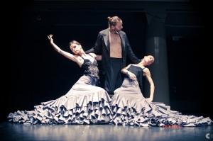"""""""Korak v dvoje po Pii in Pinu"""", Rosana Hribar & Gregor Luštek, Flota & Anton Podbevšek Teater, foto: Borut Peterlin"""